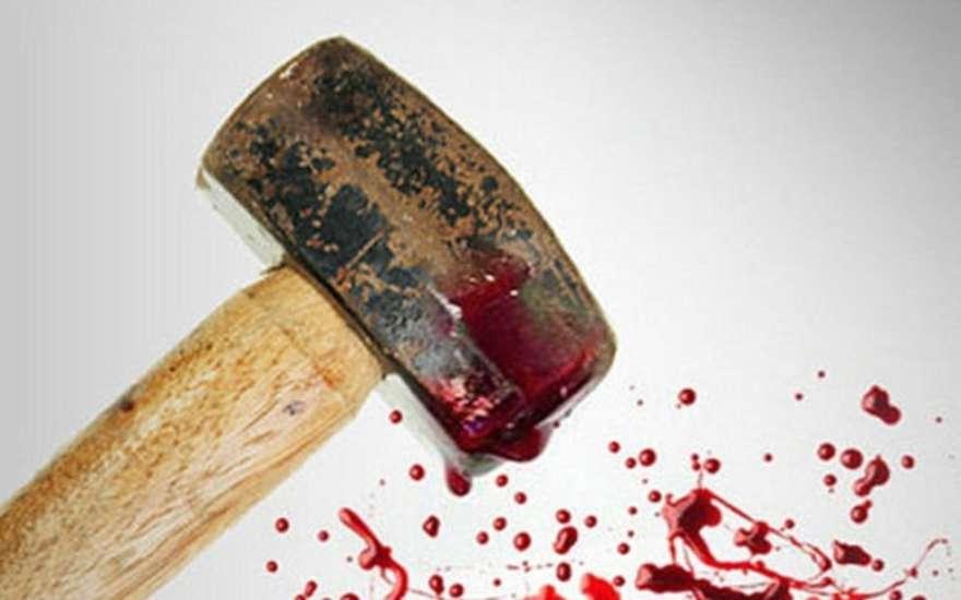 кувалда кровь