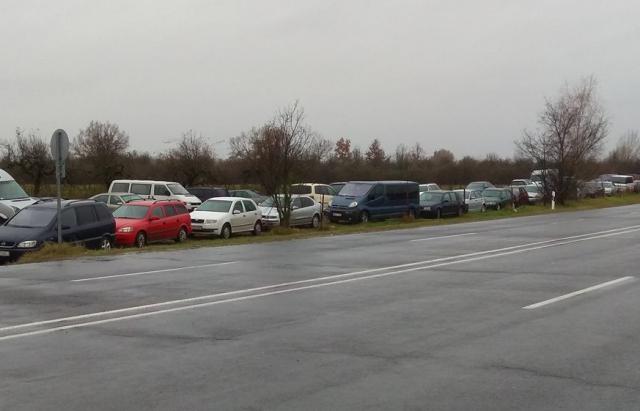 машины на еврономерах кладбище