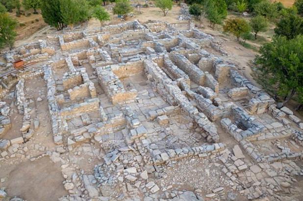 руины на Крите