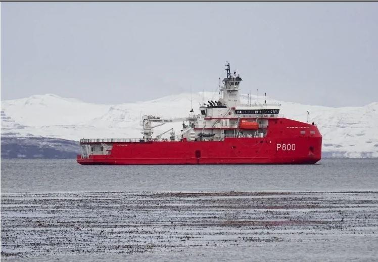 Президент США планирует создать полярный флот ледоколов