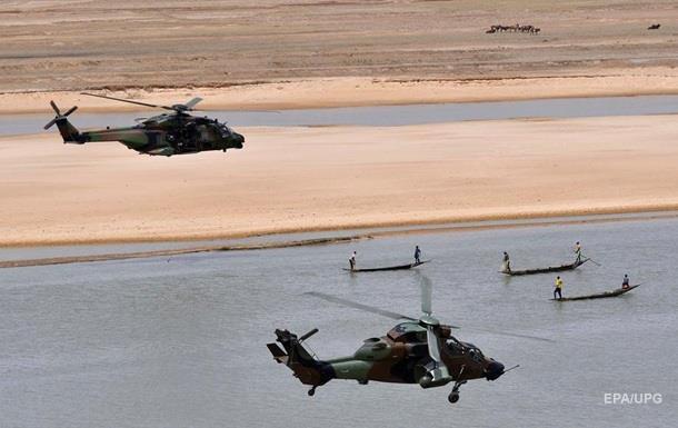 В Мали столкнулись два военных вертолёта, погибло 13 человек