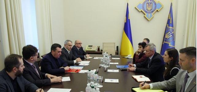 Сенат США в Украине
