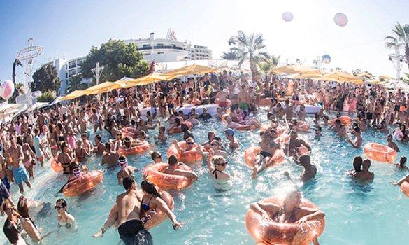 Ибица бассейн