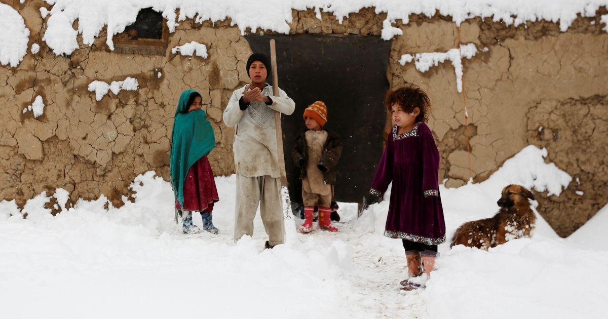 В Афганистане и Египте выпал снег: одним принёс горе, другим - радость