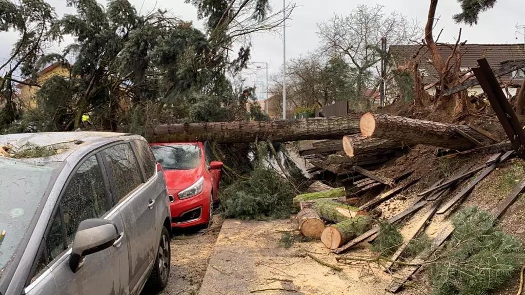 Чехией пронёсся разрушительный ураган