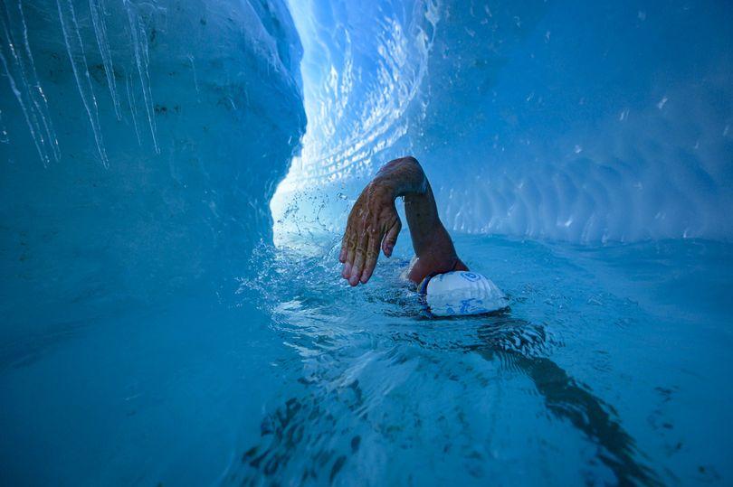заплыв в ледяном океане