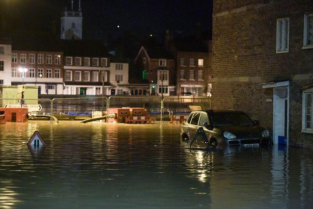 наводнение Англия