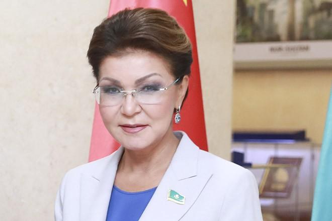 В Лондоне арестовали недвижимость дочери и внука Назарбаева