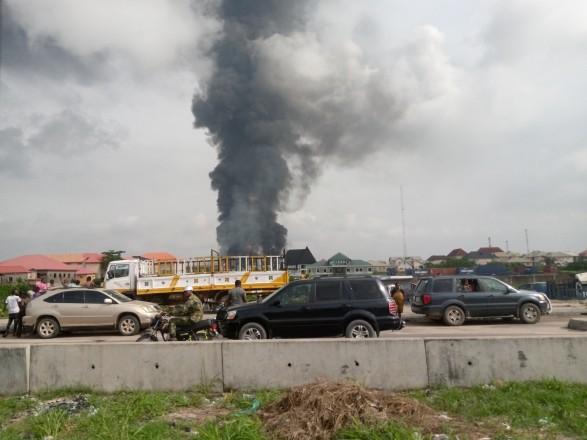 взоыв Нигерия