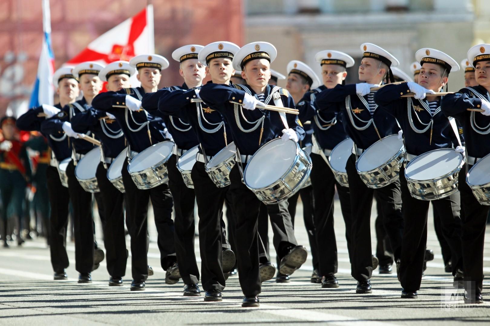 нахимовцы на параде