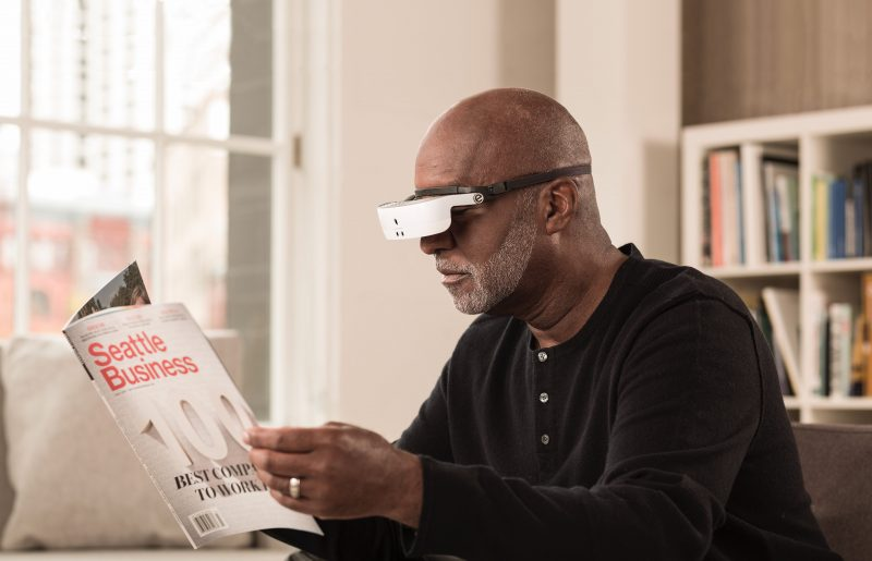 очки для слепых