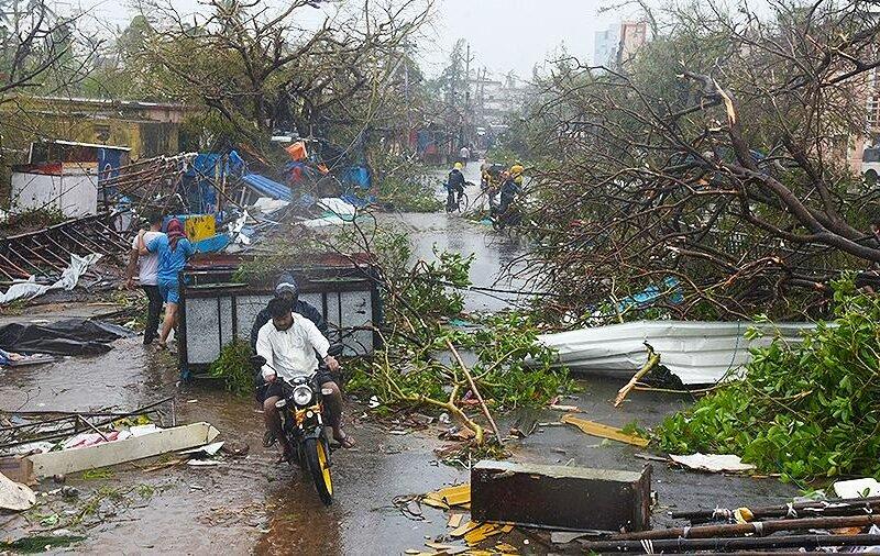 циклон Amphan