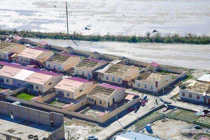В Узбекистане из-за прорыва дамбы эвакуировали 12 тысяч человек