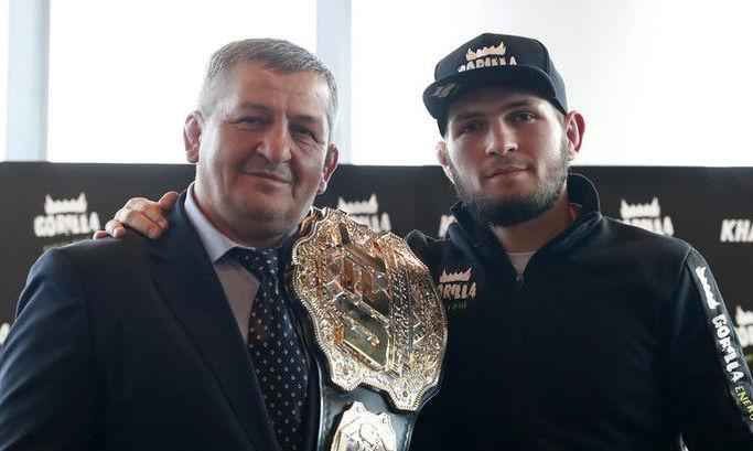 Хабиб с отцом.