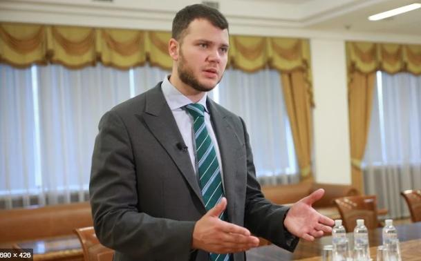 Министр Криклий не декларирует доходы гражданской жены, – СМИ