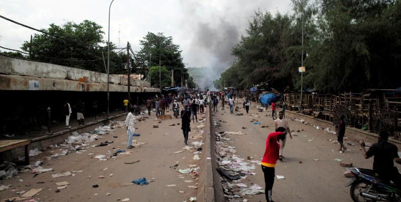 Беспорядки в Мали: трое погибших, более семидесяти пострадавших