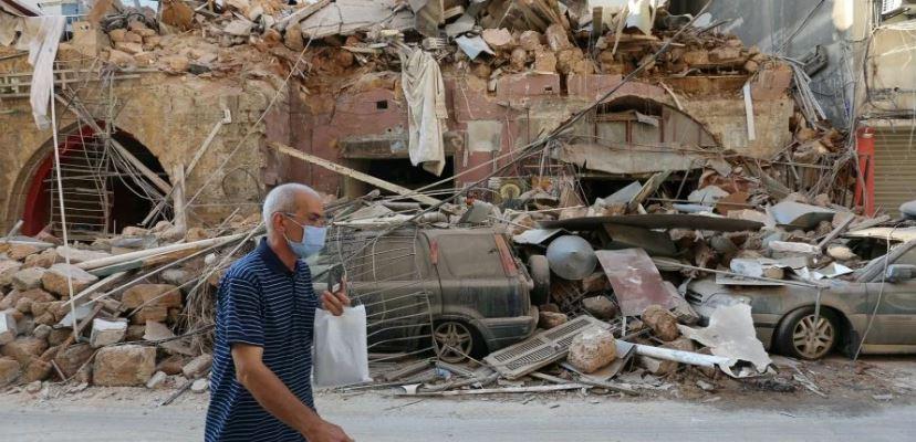 Взрывы в Бейруте: чрезвычайное положение и аресты