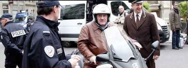 Депардье скутер