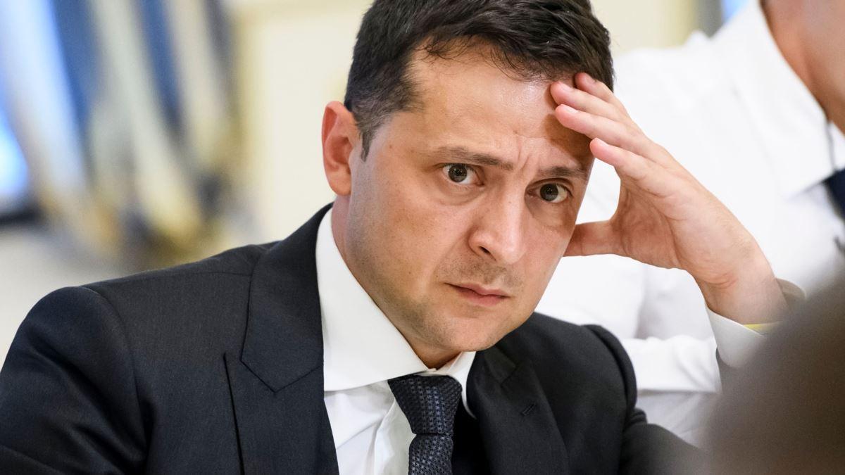 Зеленский решил поменять состав Конституционного суда