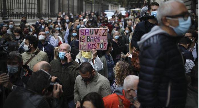 В Испании, Франции и Великобритании – протесты против карантина