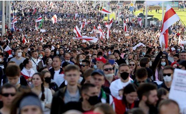 воскресный марш в Беларуси