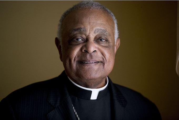 кардинал-афроамериканец