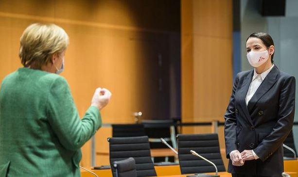 Меркель и Тихановская