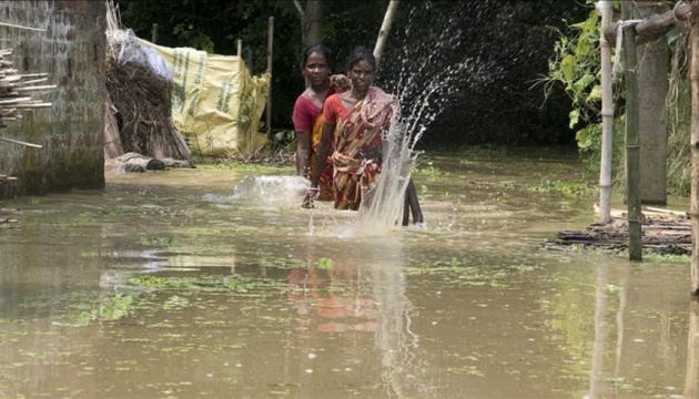 В Китае бушует тайфун «Нангка», в Индии и Словакии – наводнение