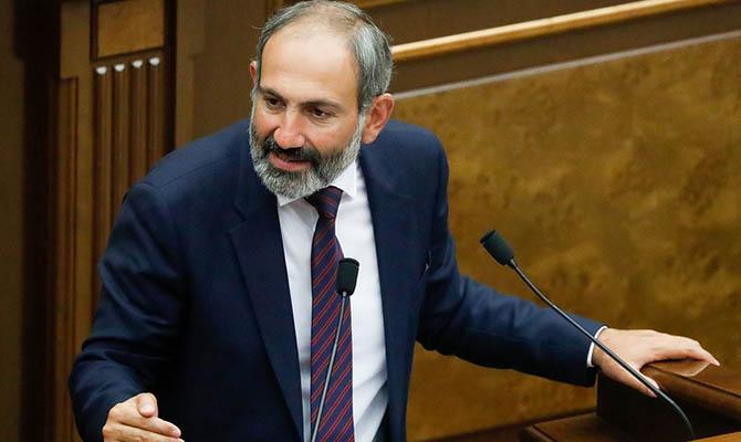 Пашинян обратился к народу Армении с требованием остановить хаос
