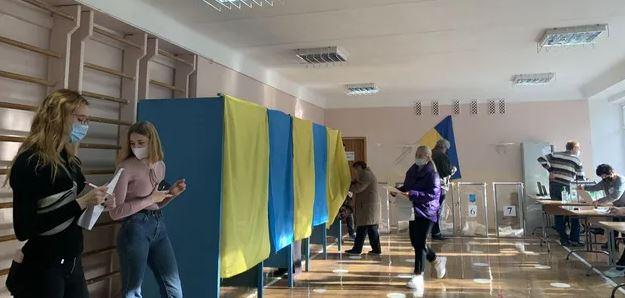 выборы в масках