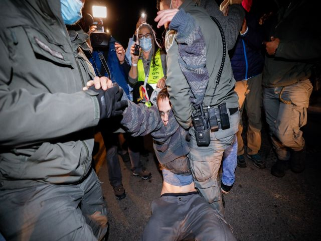 В Иерусалиме возобновились протесты: есть погибшие