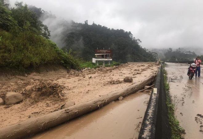 Италию и Индию засыпает снегом, в Малайзии – наводнения