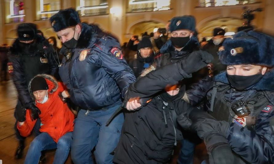 митинги сторонников Навального