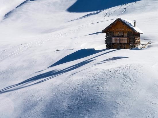 Стихия-2021 в мире: рекордные морозы, снегопады и лавины