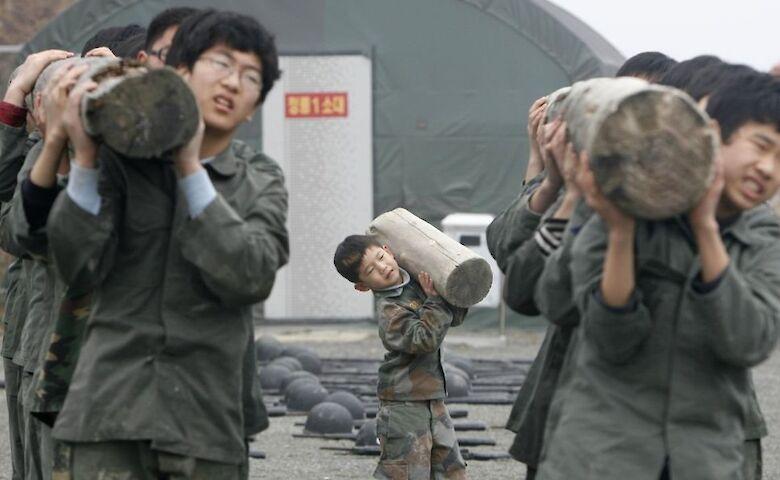 Северную Корею обвинили в эксплуатации детей для добычи угля