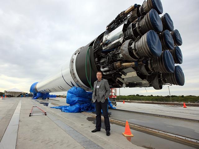 Илон Маск на космодроме