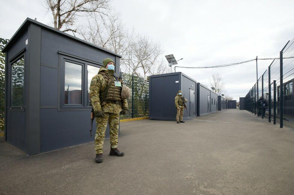 КПП на Донбассе.