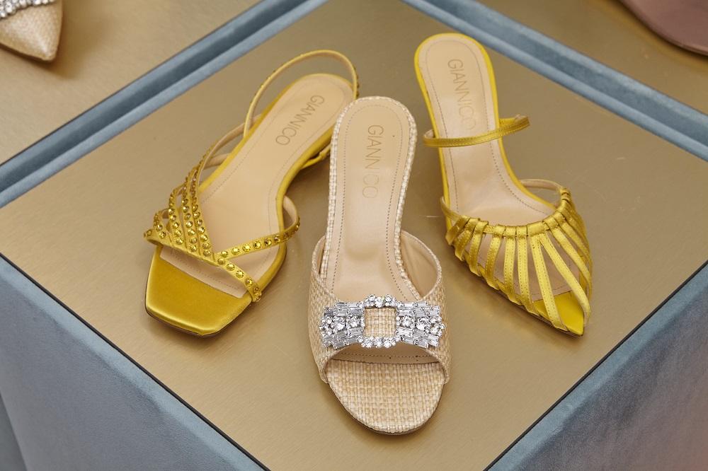 обувб лето