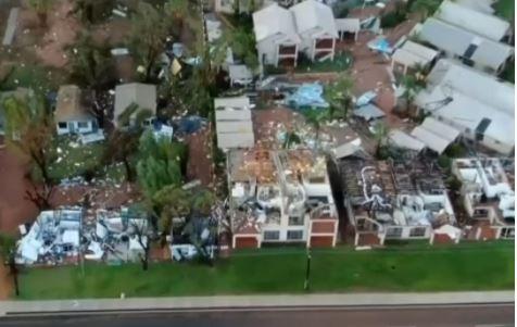 На Австралию обрушился мощный тропический циклон «Сероя»